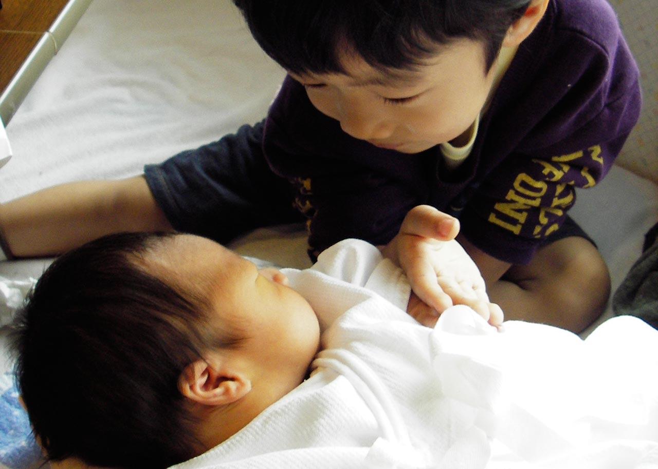ママのはじめて「毎日毎日口にする言葉、赤ちゃんの名前」